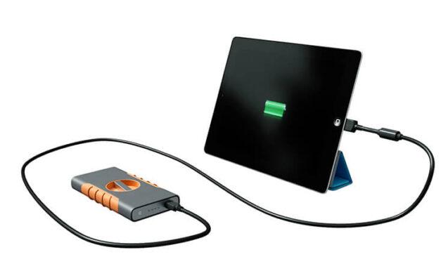 GyroForce – Cargador portátil con energía cinética